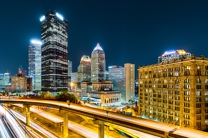 pittsburgh-downtown-travel-night-featured